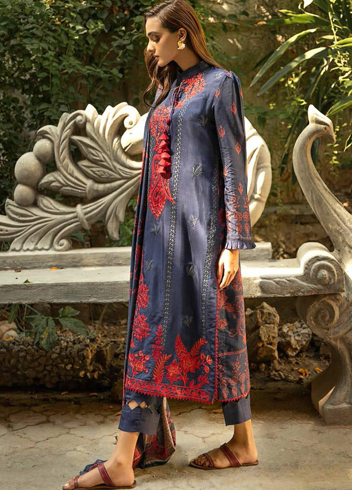 Aabyaan Embroidered Viscose Silk Unstitched 3 Piece Suit ABY20VS 01 Aergul - Winter Collection