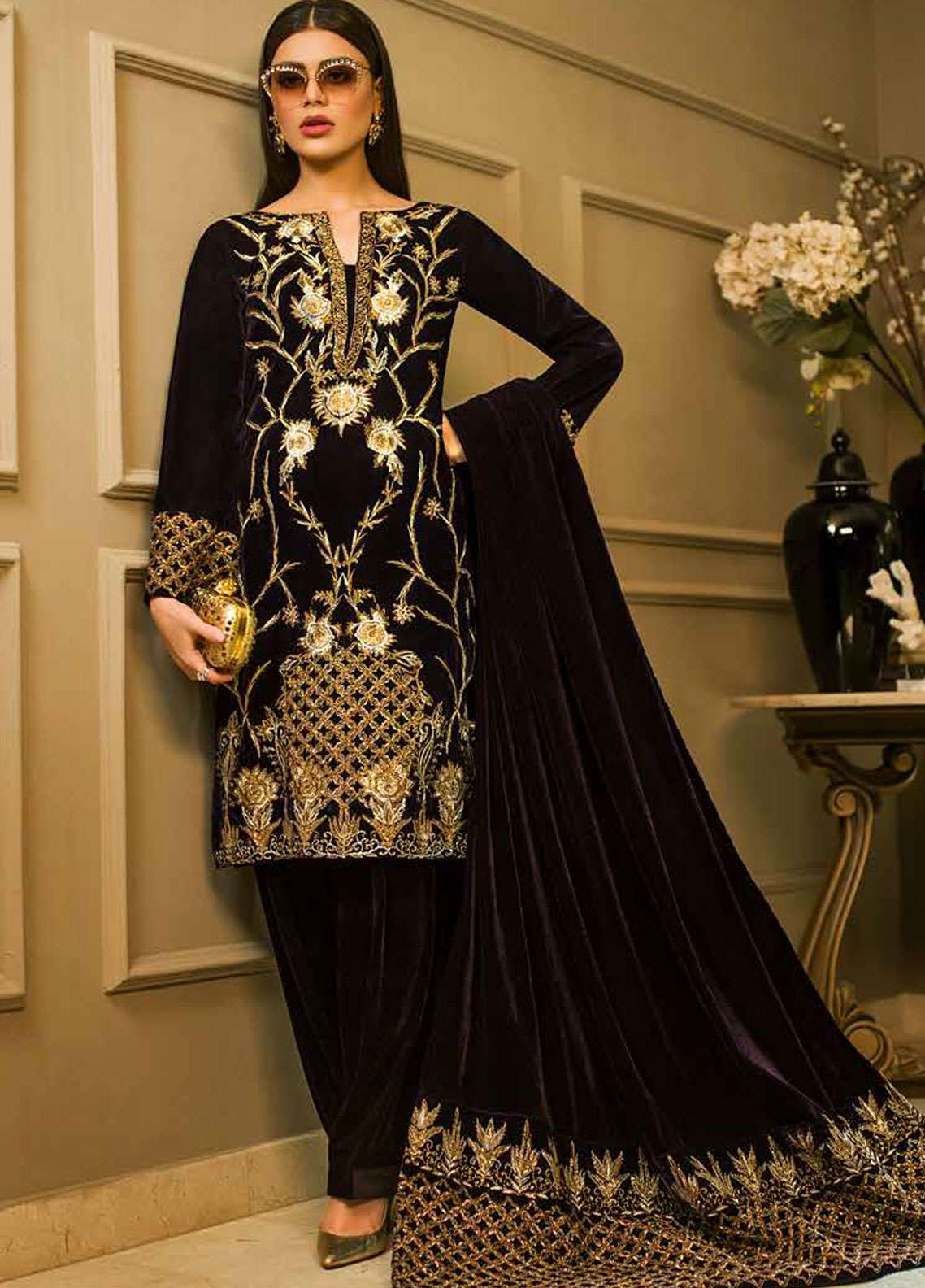 Aamna Aqeel Embroidered Velvet Unstitched 3 Piece Suit AA18V 03 Amethyst Allure - A Velvet Romance