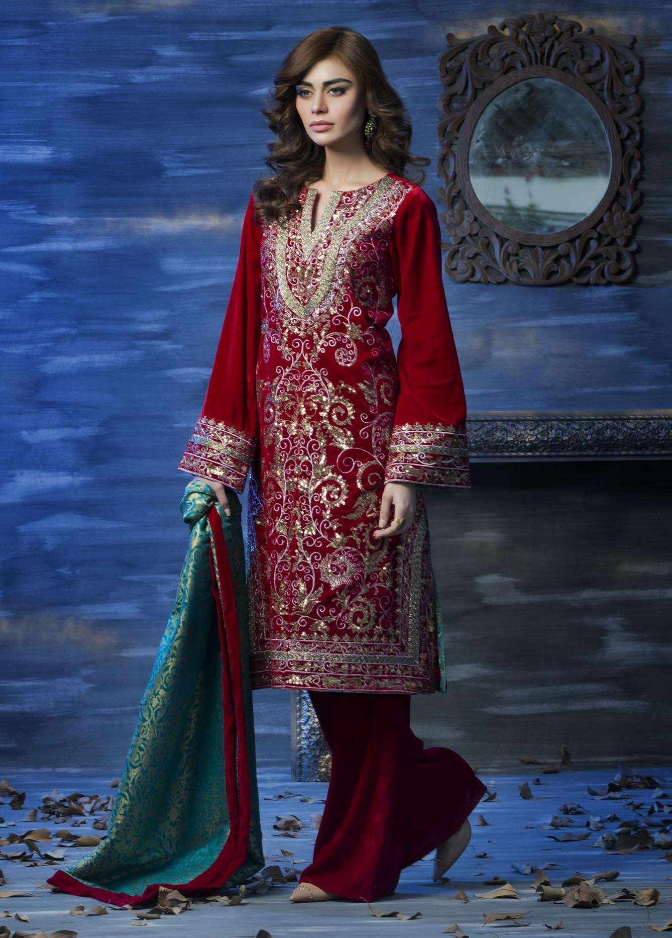 Aamna Aqeel Embroidered Velvet Unstitched 3 Piece Suit AAV17W 03
