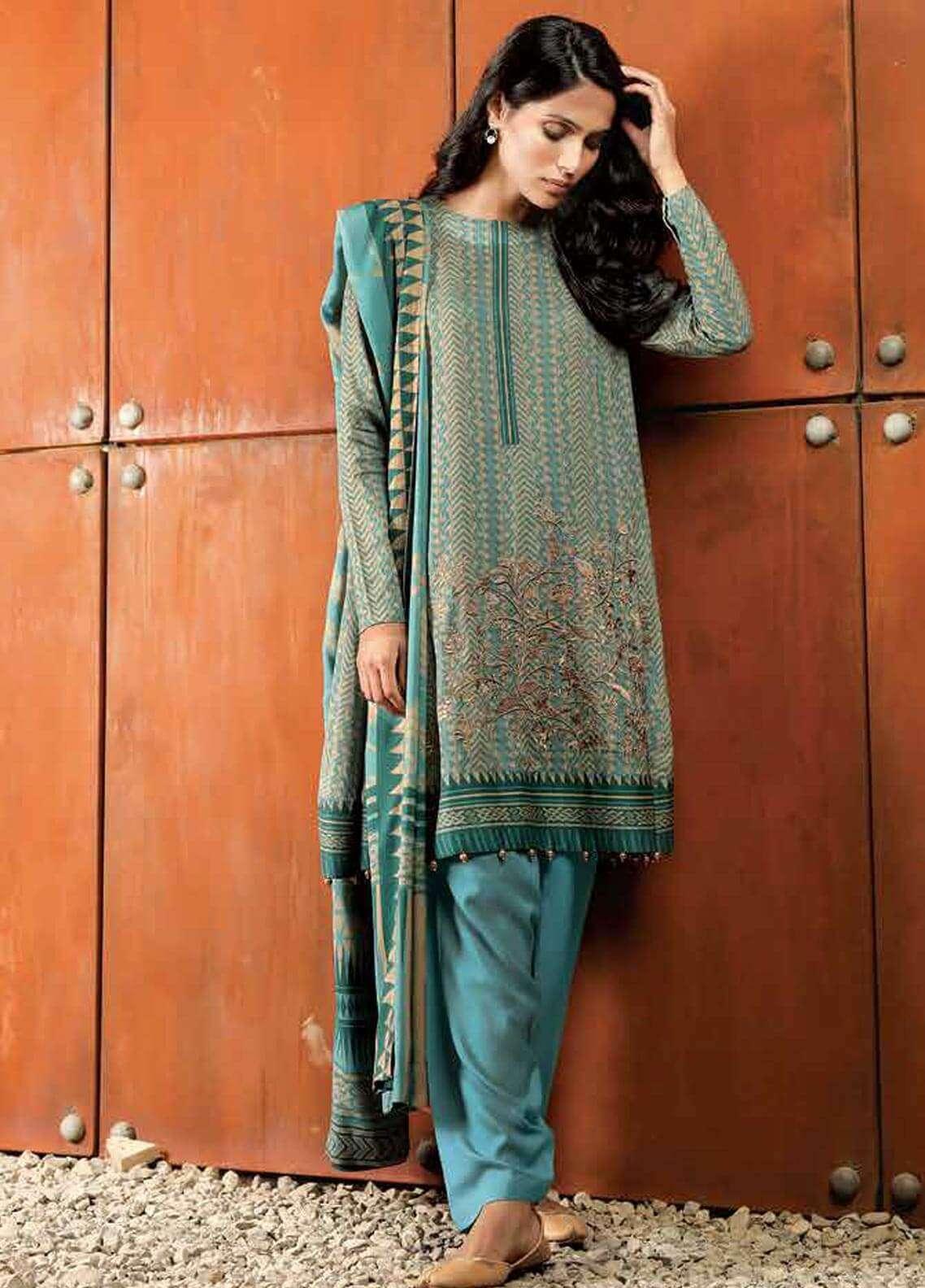 Al Karam Embroidered Viscose Unstitched 3 Piece Suit AK18W FW 52.1 BLUE - Winter Fashion