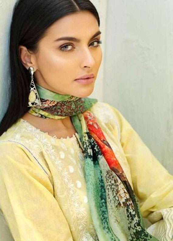 AUJ Embroidered Lawn Unstitched 3 Piece Suit AUJ18L 07 - Spring / Summer Collection