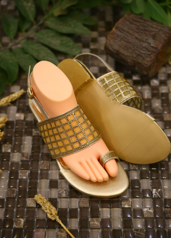 1st Sight Fashion Casual Style  Flat  Y Flat San 7 Gold