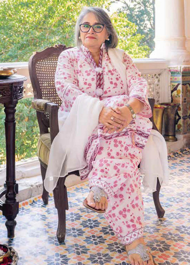 Gul Ahmed Printed Lawn  Unstitched Kurties GA21M SL-899 A - Summer Collection