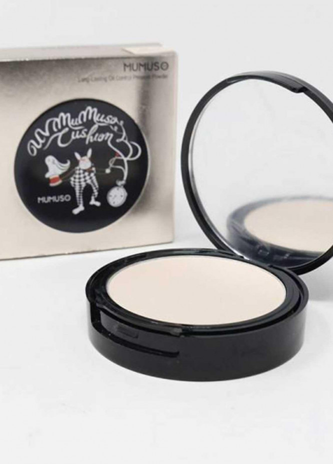 Mumuso LONG-LASTING OIL CONTROL PRESSED POWDER (NATURAL BUFF)