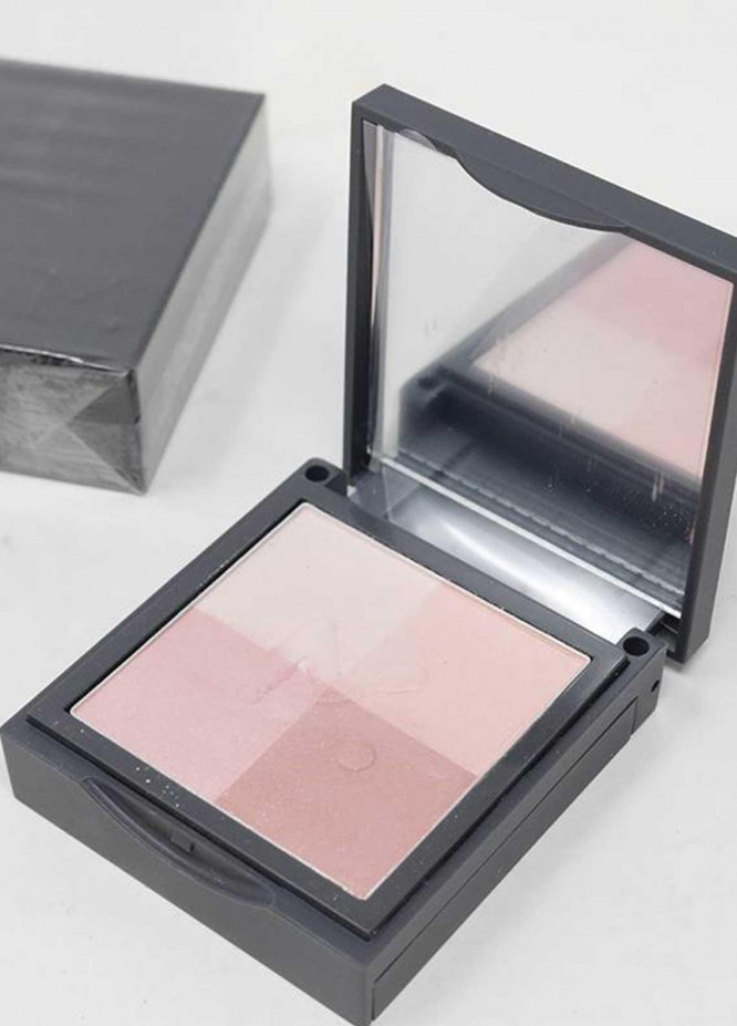 Mumuso TONE PERFECTING 4-COLOR BLUSH 01