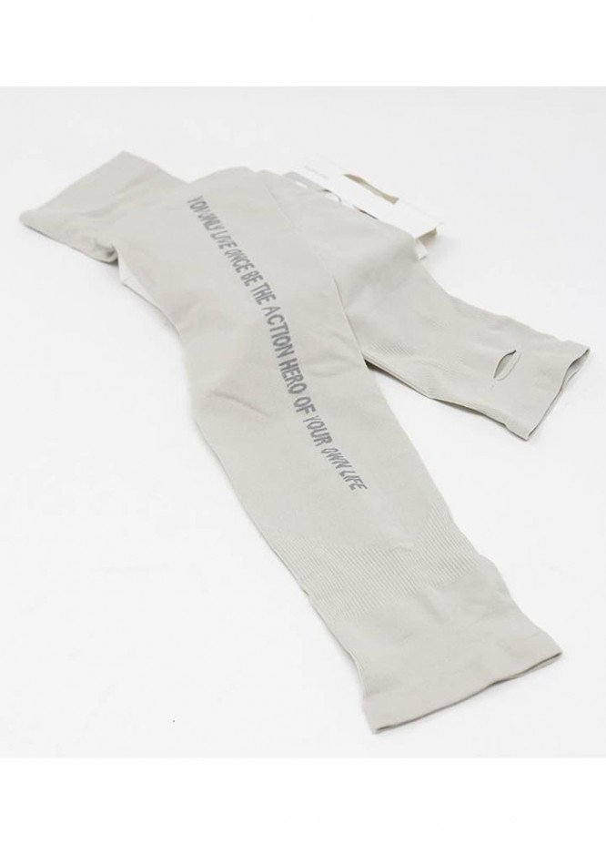 Mumuso SUN PROTECTION LETTERS PATTERN ARM SLEEVES -GREY