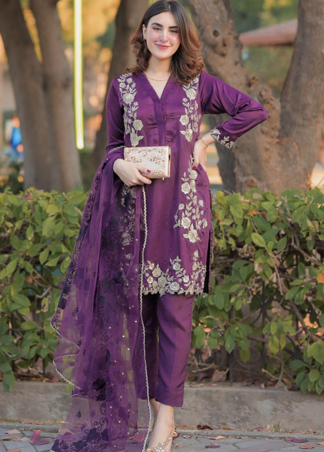 Sidra Mumtaz Embroidered Silk Stitched 2 Piece Suit SM20PB 01 Berry Burgundy