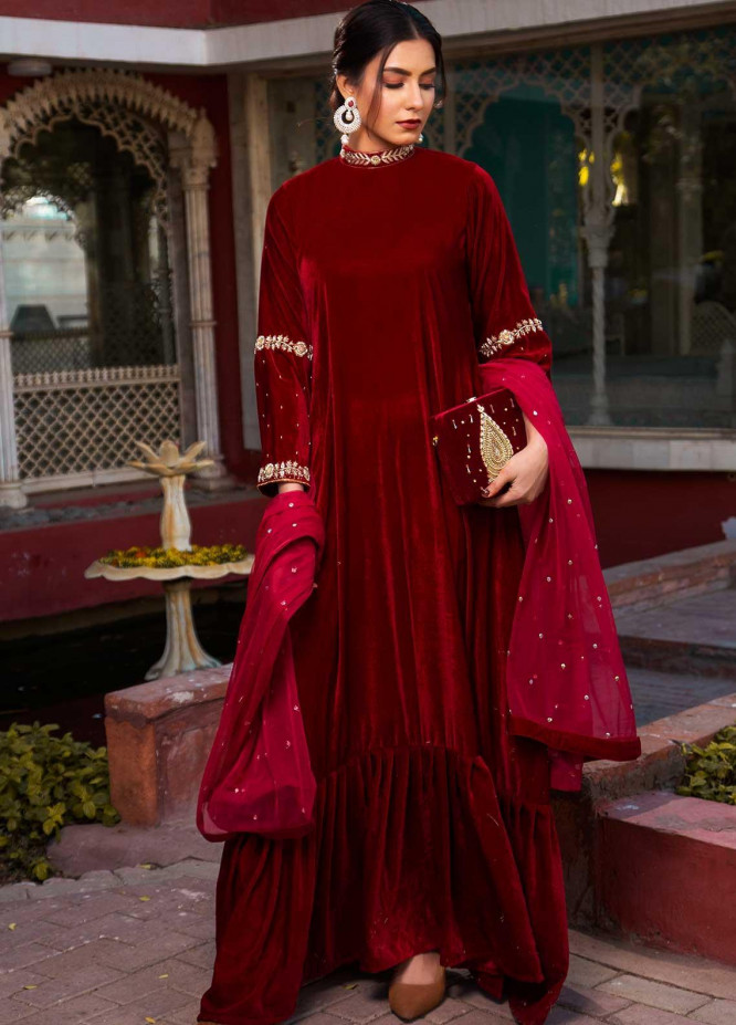 Sidra Mumtaz Embroidered Velvet Stitched 2 Piece Suit SM20GS 2101-GM-01 JASPER