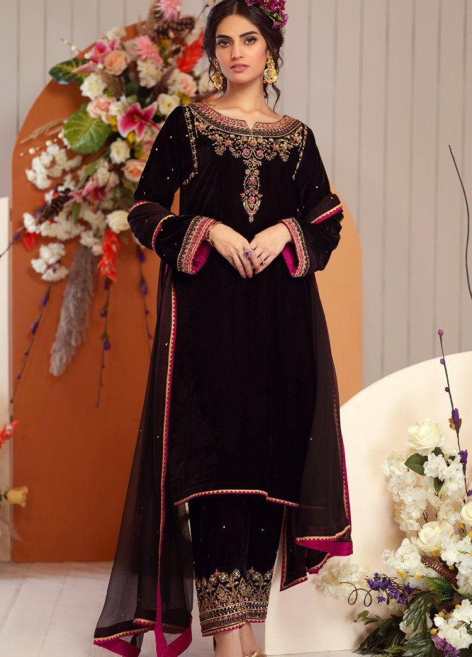 Zaaviay Embroidered Velvet Stitched 3 Piece Suit ZV20BM 01 PHULWARI