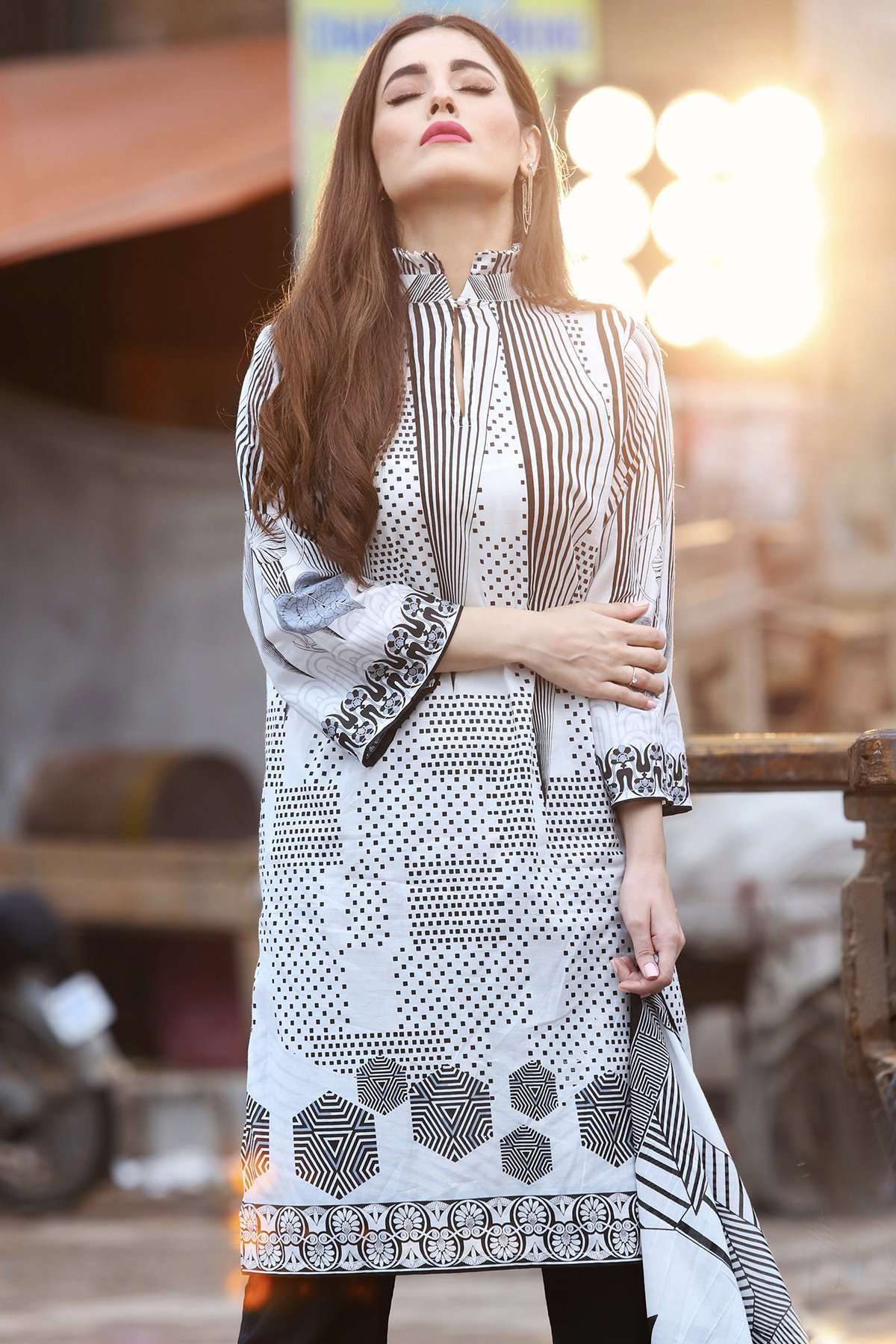 Gul Ahmed Printed Lawn Unstitched 2 Piece Suit GL17B 01