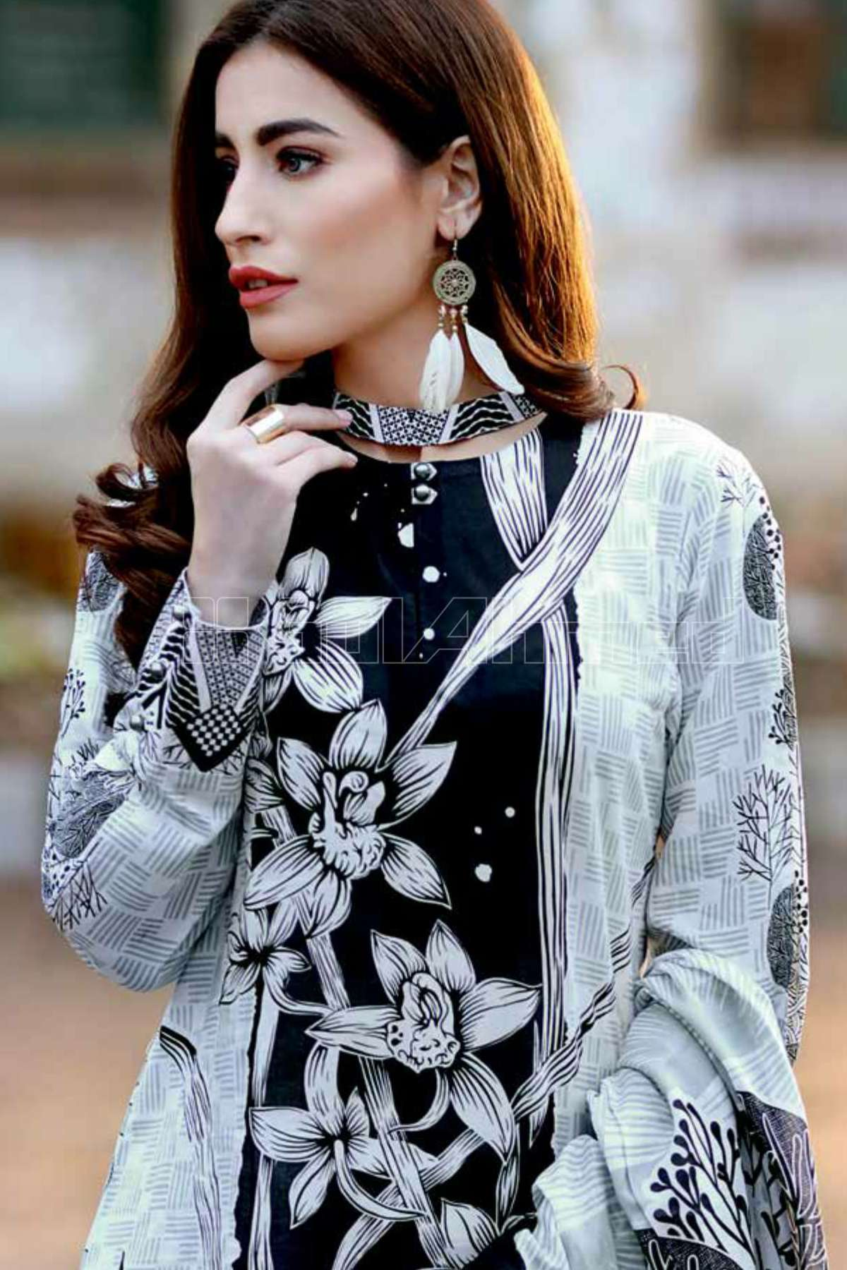 Gul Ahmed Printed Lawn Unstitched 3 Piece Suit GL17B 23