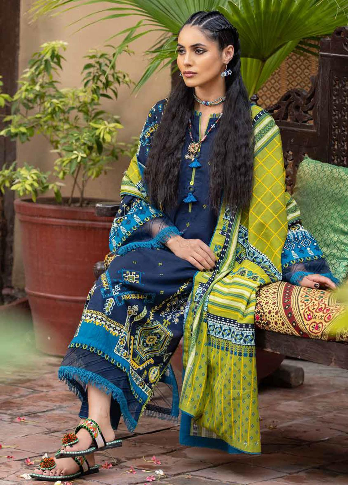 Gul Ahmed Printed Khaddar Suits Unstitched 3 Piece GA21WK K-12009 - Winter Collection
