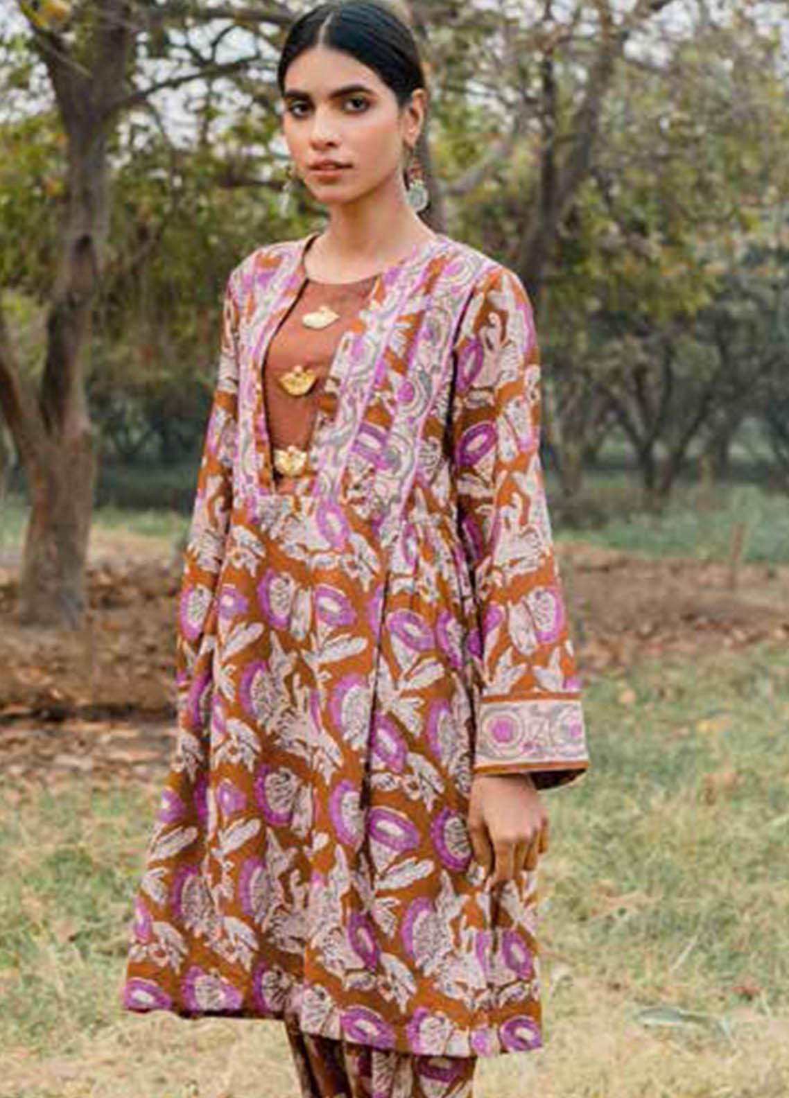 Gul Ahmed Printed Lawn  Unstitched Kurties GA21VG SL 887-A - Summer Collection