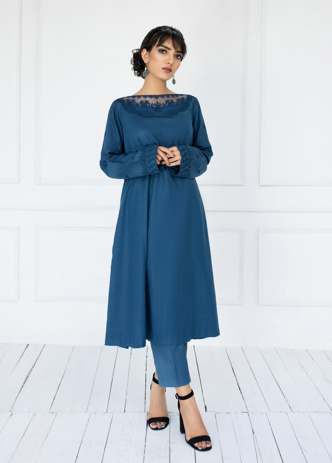 ILAHA Luxury Pret Embroidered Lawn 2 Piece Suit AZURE ALLURE