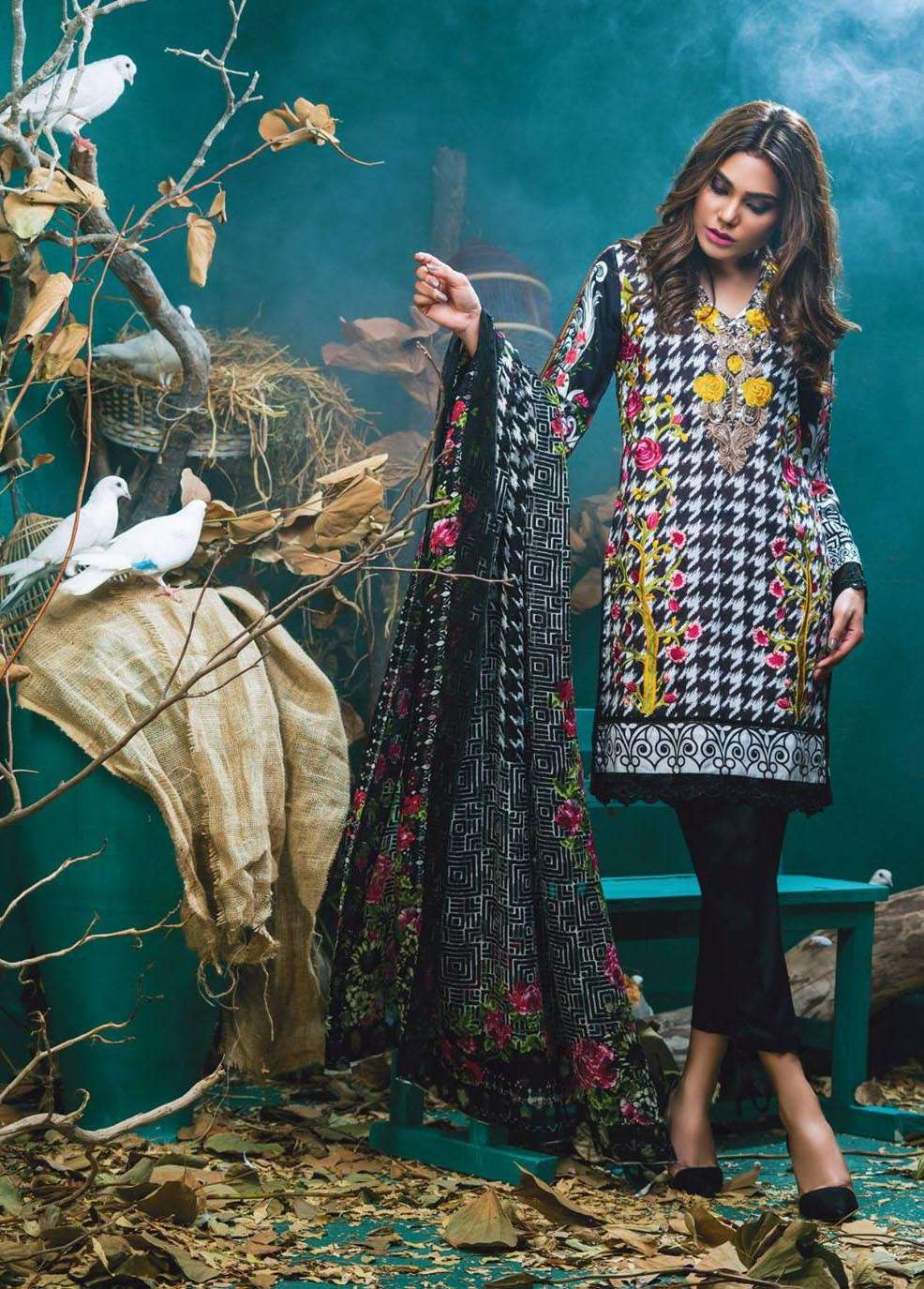 Kalyan By ZS Embroidered Linen Unstitched 3 Piece Suit KL17W 4A