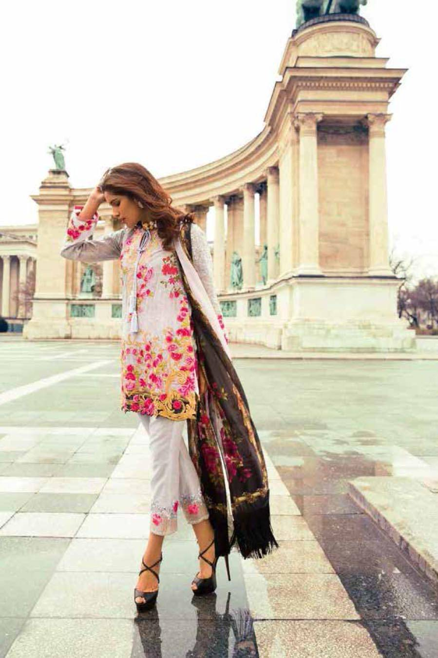 Mina Hasan By Shariq Embroidered Lawn Unstitched 3 Piece Suit MH17L 8B