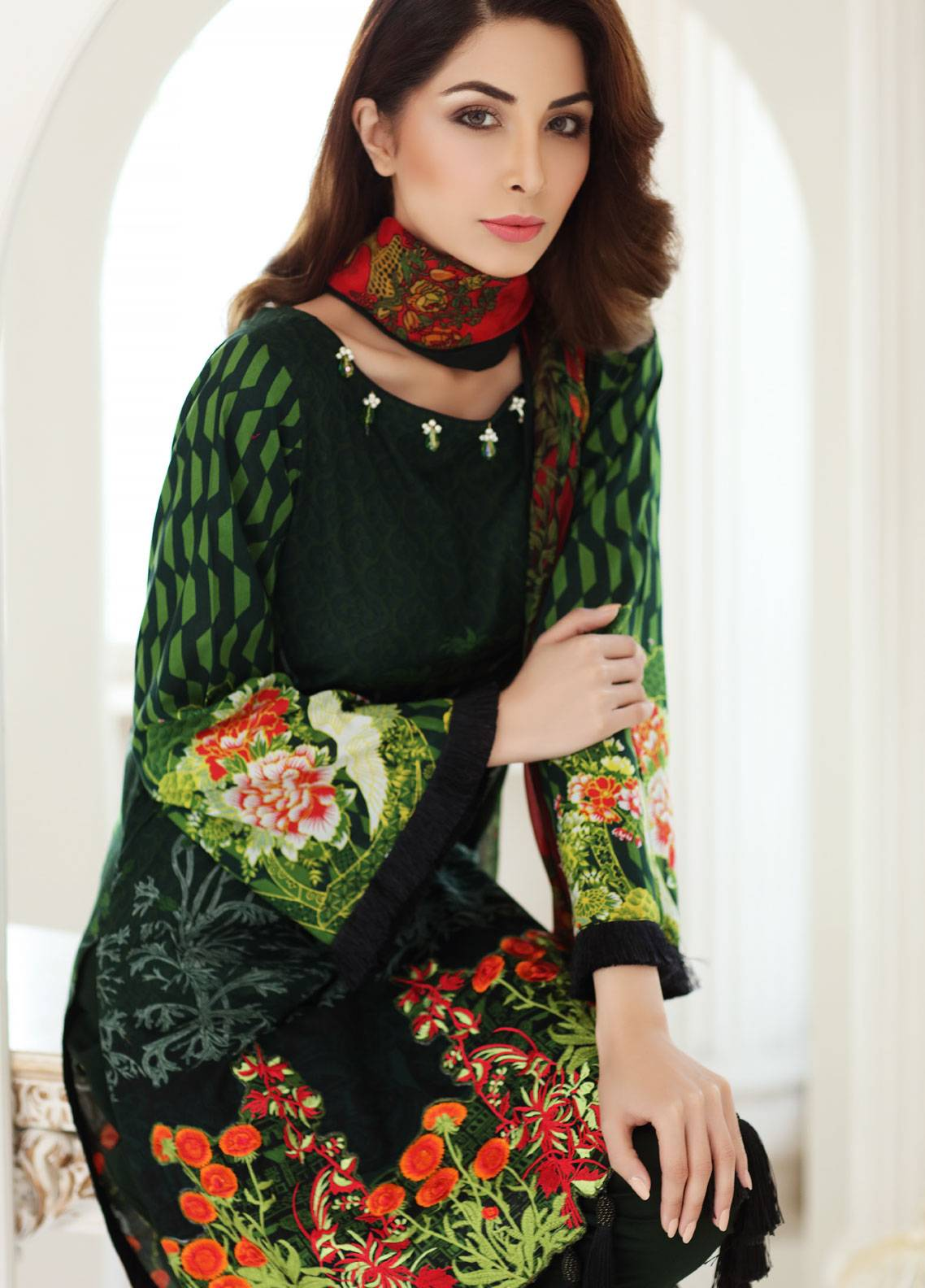 Mahnoor Embroidered Lawn Unstitched 3 Piece Suit MHN18E 4B - Festive Collection