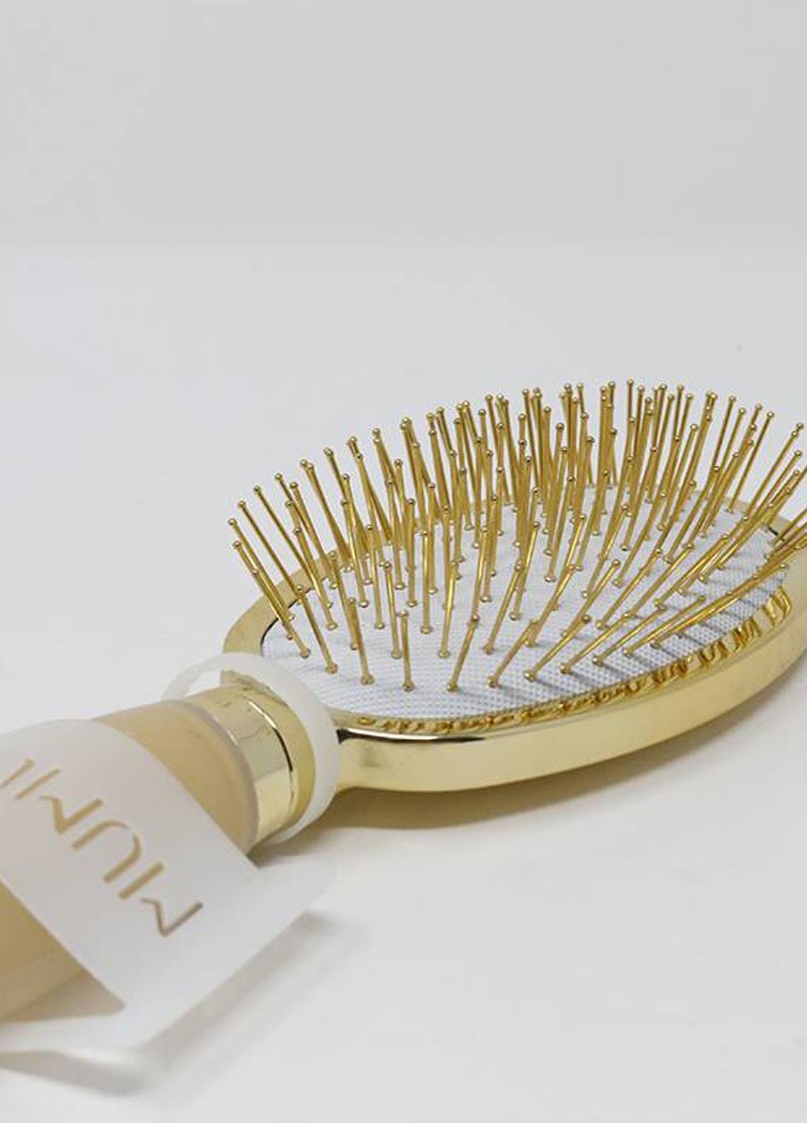 Mumuso Paddle Brush