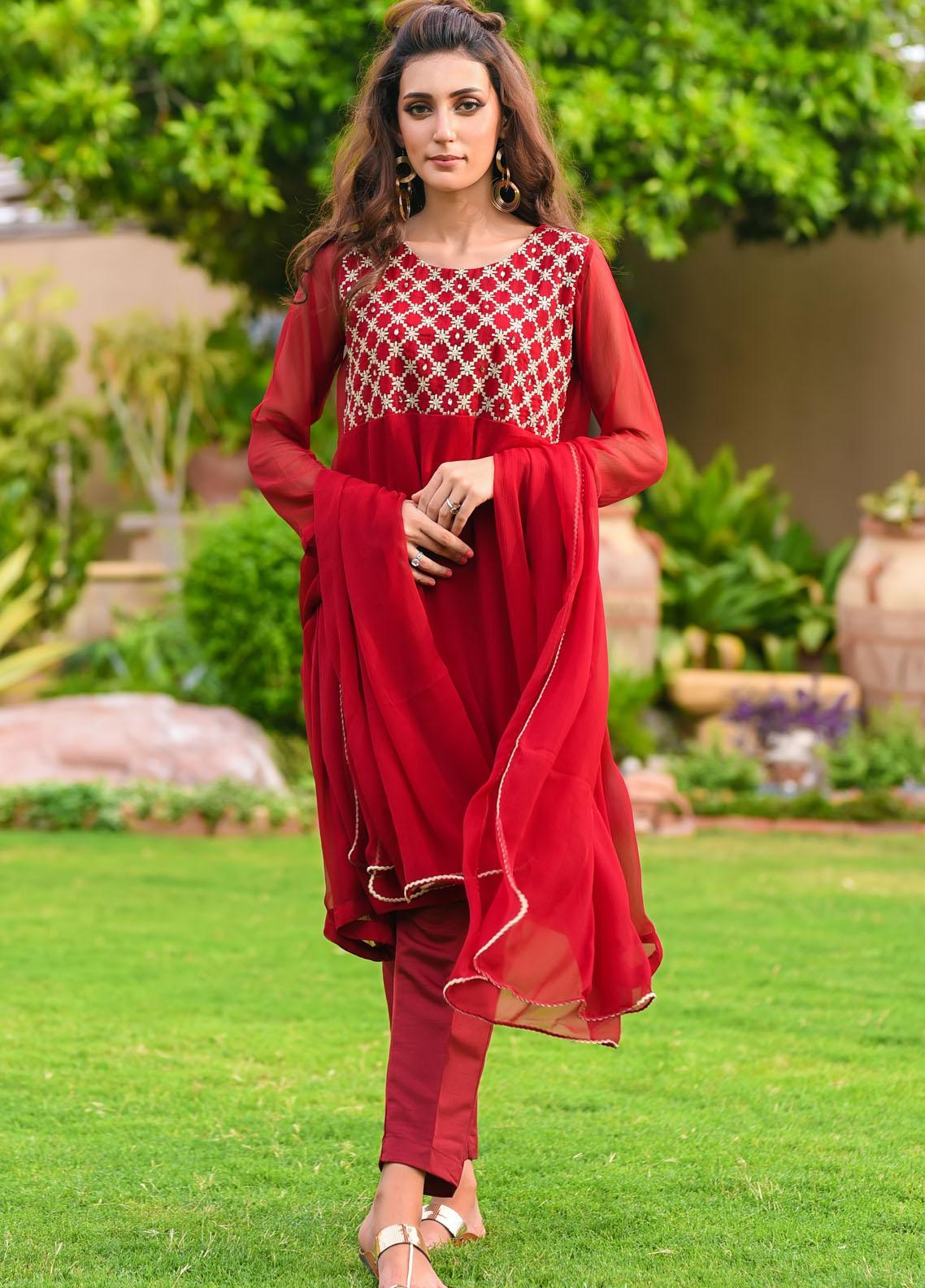 Ochre Embroidered Chiffon Stitched 3 Piece Suit OFW-270(M) Maroon
