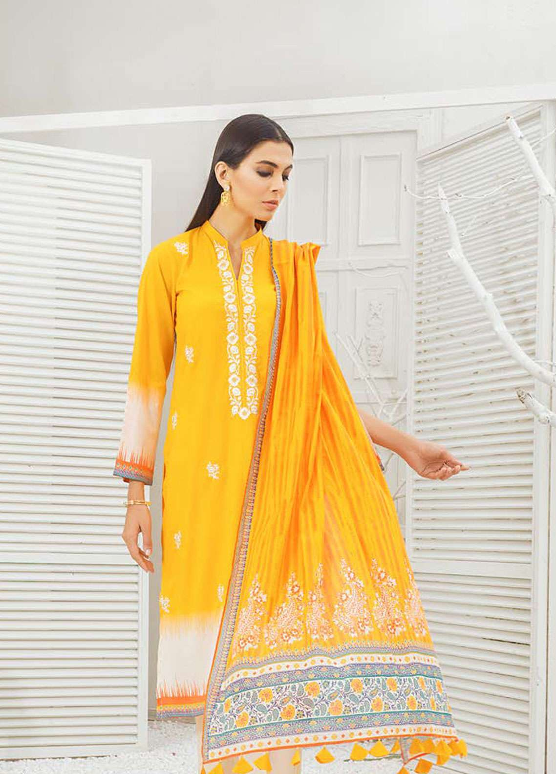 Orient Textile Embroidered Lawn Unstitched 3 Piece Suit OT19-L2 130 A - Spring / Summer Collection