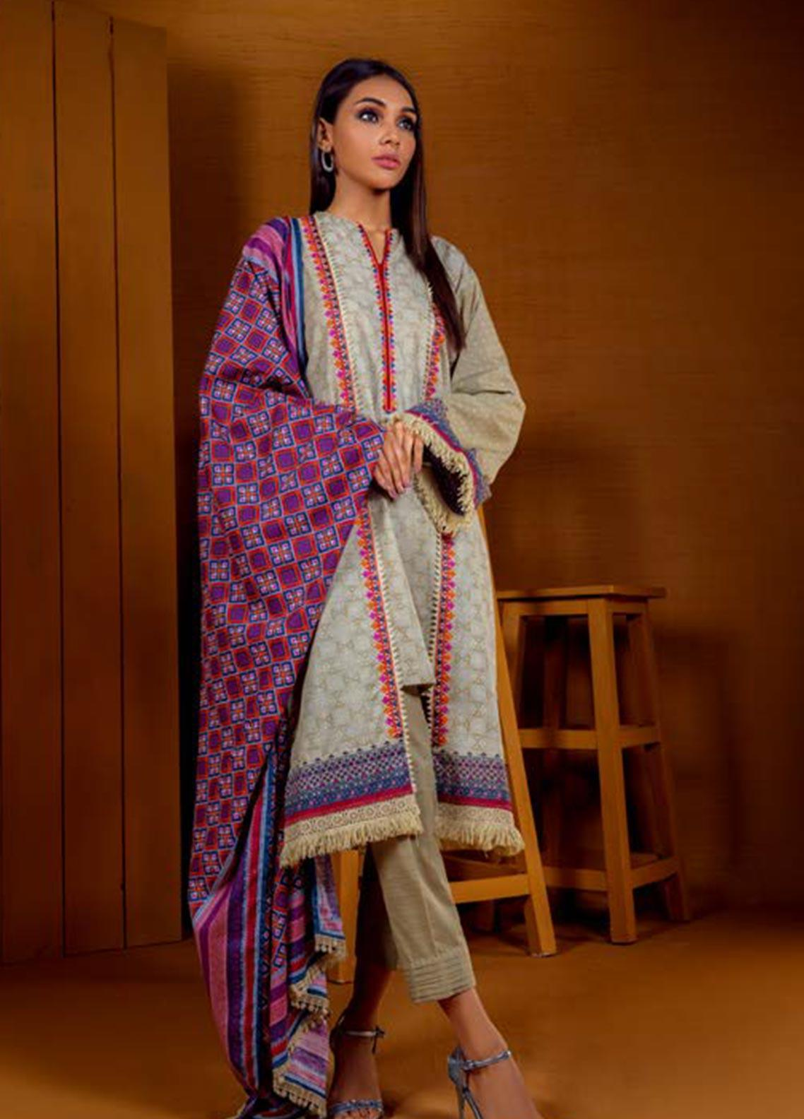 Orient Textile Embroidered Khaddar Unstitched 3 Piece Suit OT19W 211 BLOOM A - Winter Collection