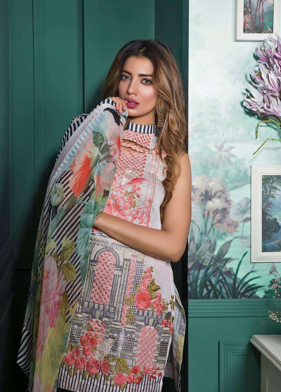 Rang Rasiya Embroidered Lawn Unstitched 3 Piece Suit RGR17E3 Bomanesque A