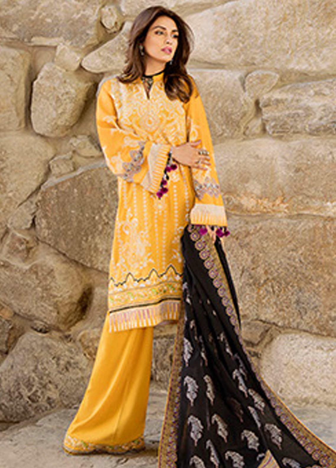 Saira Rizwan Embroidered Karandi Unstitched 3 Piece Suit SR20W 07 SORIN - Winter Collection