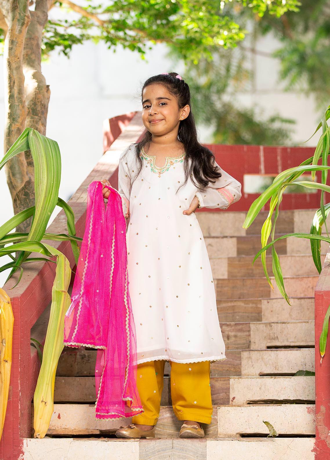 Sidra Mumtaz Chiffon Embroidered Girls 3 Piece Suit -  2103-S9K-PS Popstick (K)