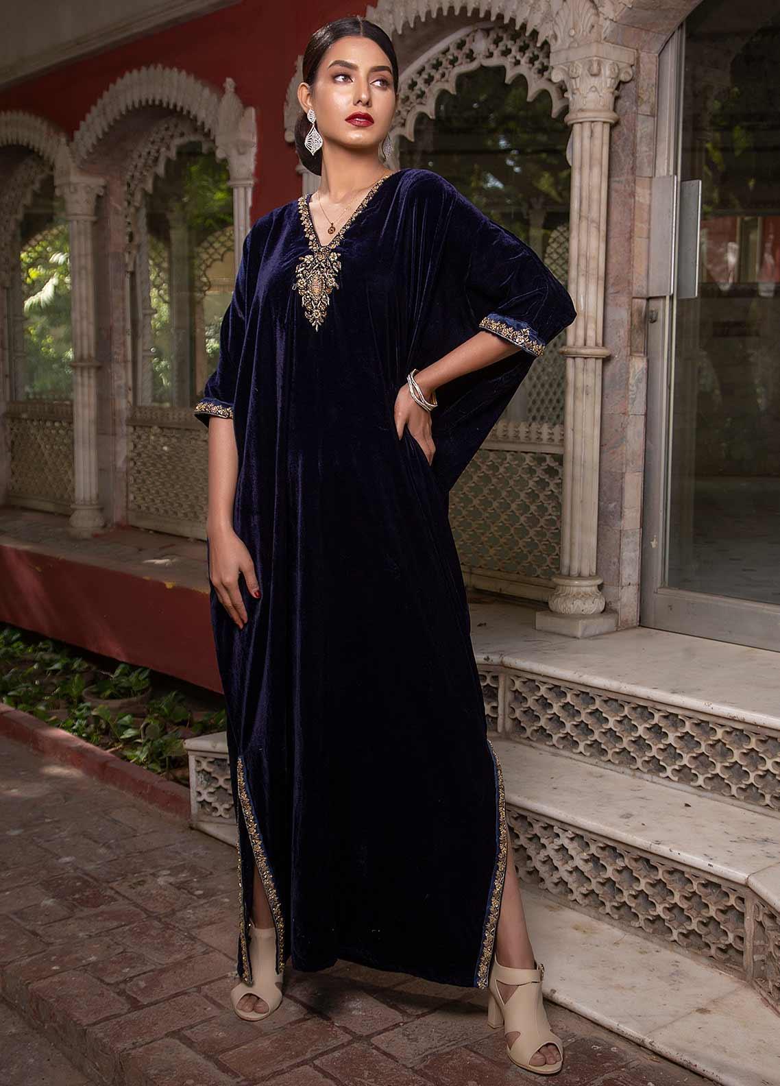 Sidra Mumtaz Embroidered Velvet Stitched Kurtis SM20GS 2101-GM-10 TANZANITE