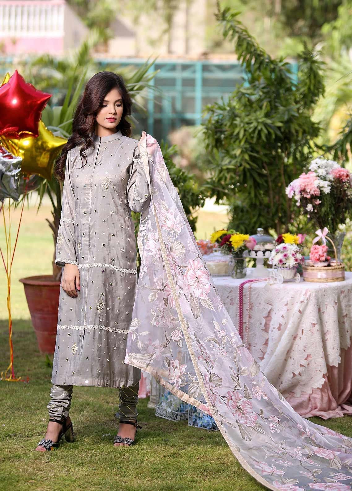 Sidra Mumtaz Embroidered Missouri Stitched 3 Piece Suit CLOUDED BLOSSOM