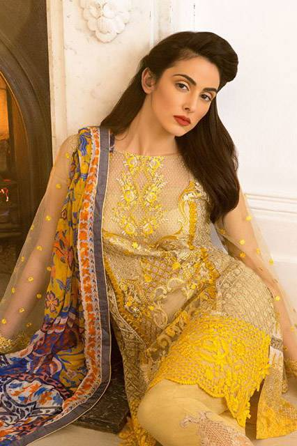Sobia Nazir Embroidered Lawn Unstitched 3 Piece Suit SN17L 15B