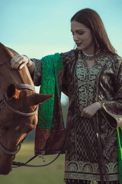Saira Rizwan Embroidered Karandi Unstitched 3 Piece Suit SR16W 06