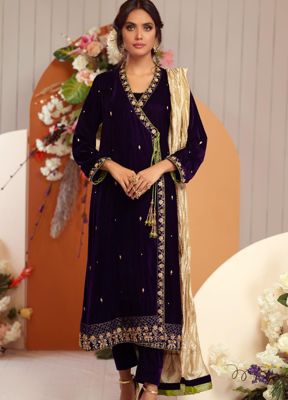 Zaaviay Embroidered Velvet Stitched 3 Piece Suit ZV20BM 08 KANWAL