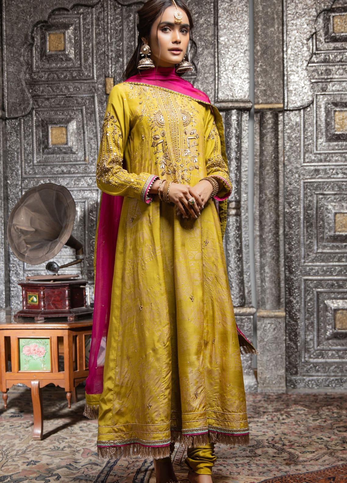 Zaaviay Embroidered Raw Silk Stitched 3 Piece Suit ZV21E 02-DHAANI