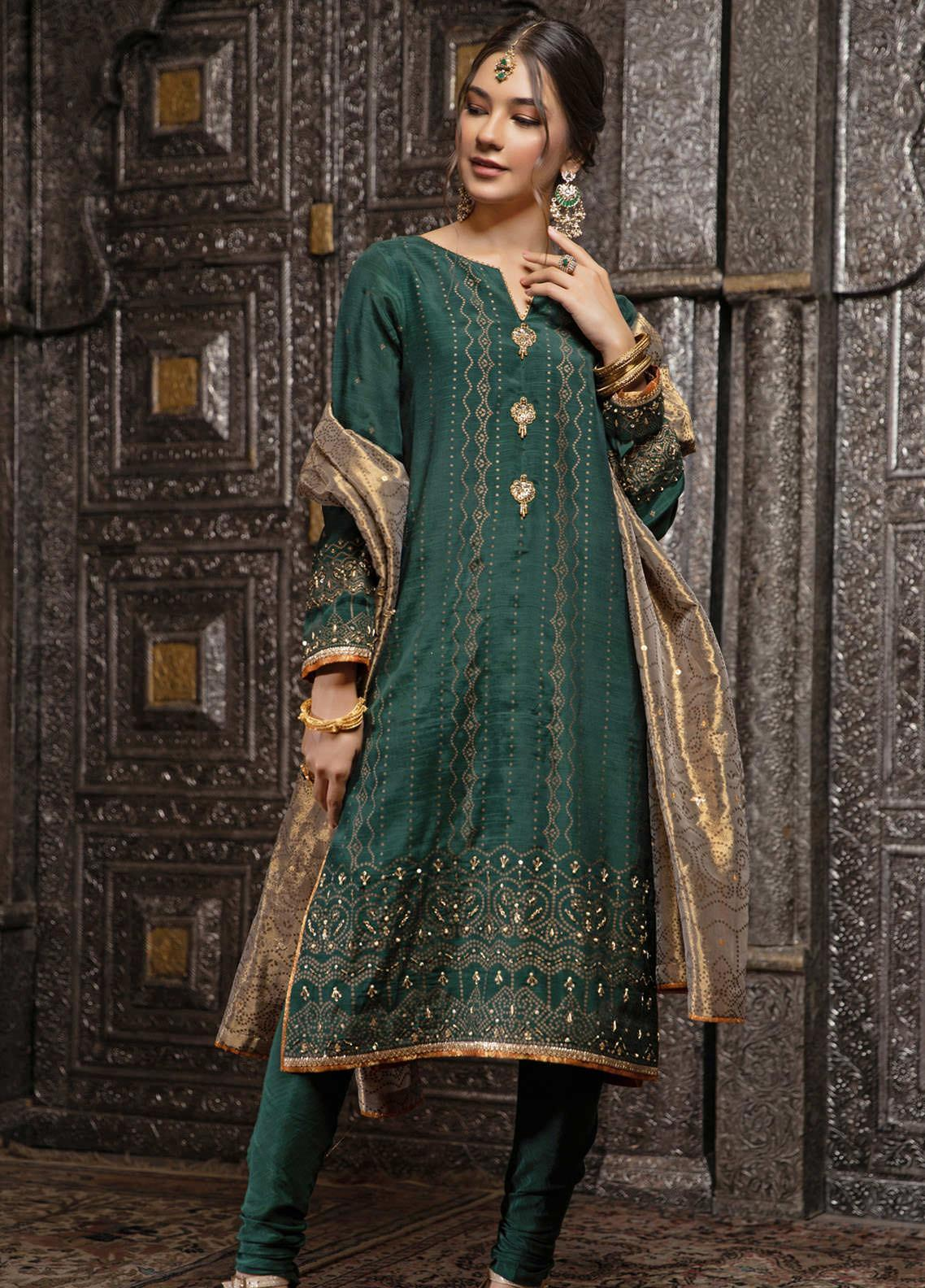 Zaaviay Embroidered Raw Silk Stitched 3 Piece Suit ZV21E 04-ORHNI