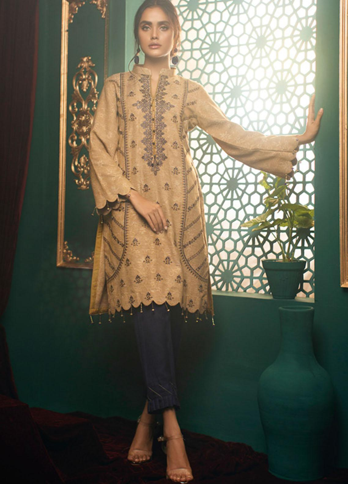 Zurr Kamalia by AB Textiles Embroidered Khaddar Unstitched 3 Piece Suit AB20ZK 05 Azul - Winter Collection